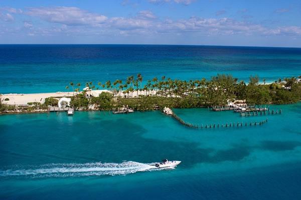 Plage tropicale des Bahamas
